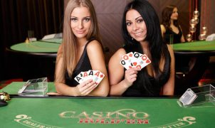Live Casino Hold'em spielen Sie gegen echten Croupiers